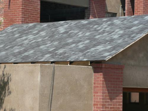 Single rubber roof tiles